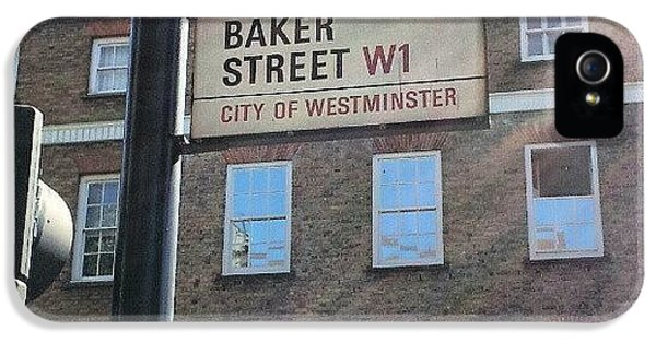 London iPhone 5 Case - #westminster #bakerstreet #baker by Abdelrahman Alawwad