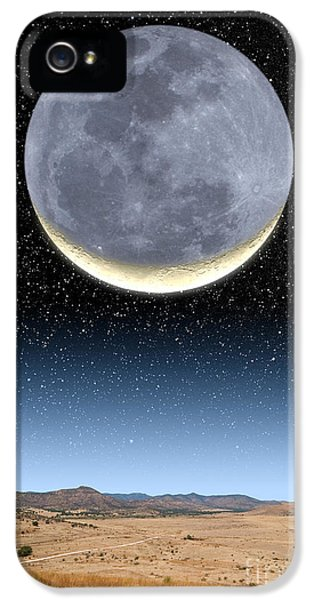 Crescent Moon And Earthshine IPhone 5 Case by Larry Landolfi