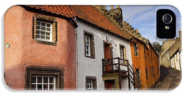 IPhone 5 Case featuring the photograph Culross by Jeremy Lavender Photography