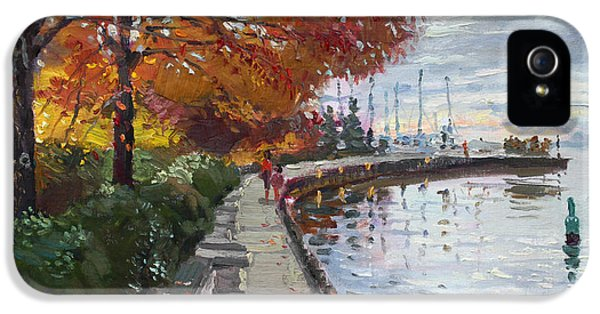 Fall In Port Credit On IPhone 5 Case by Ylli Haruni