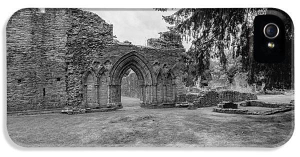 Inchmahome Priory IPhone 5 Case