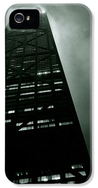 Hancock Building iPhone 5 Case - John Hancock Building - Chicago Illinois by Michelle Calkins