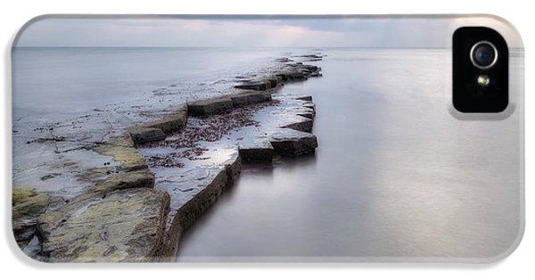 Dorset iPhone 5 Case - Kimmeridge Bay - England by Joana Kruse