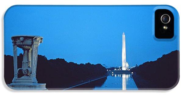 Washington Monument iPhone 5 Case - Night View Of The Washington Monument Across The National Mall by American School