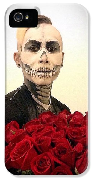 Skull Tux And Roses IPhone 5 Case by Kent Chua