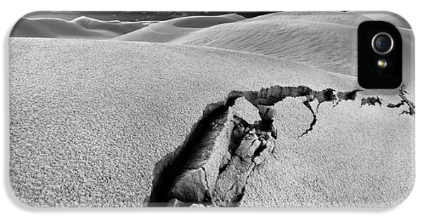 The Crack Of Dawn IPhone 5 Case by Julian Cook