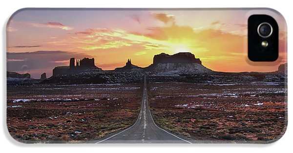 The Long Road To Monument Valley IPhone 5 Case