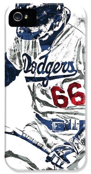 Los Angeles Dodgers iPhone 5 Case - Yasiel Puig Los Angeles Dodgers Pixel Art by Joe Hamilton