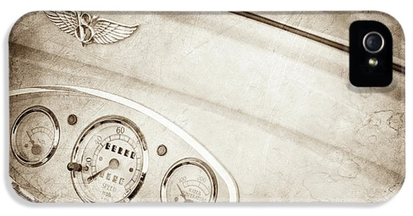 1929 Ford Model A Roadster Dashboard Emblem -0048s IPhone 5 Case