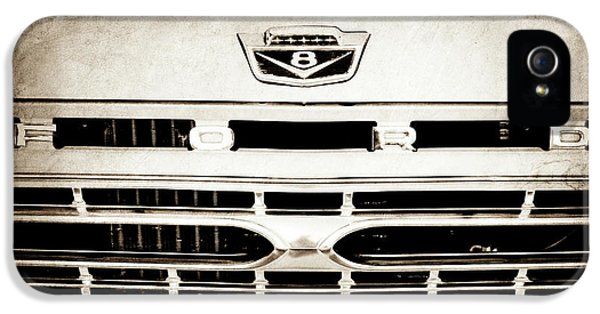 1966 Ford F100 Pickup Truck Grille Emblem -113s IPhone 5 Case