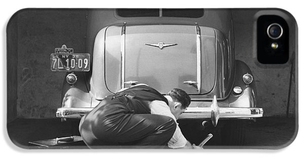 Man Working On His Car IPhone 5 Case