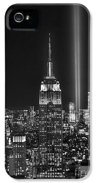 Central Park iPhone 5 Case - New York City Tribute In Lights Empire State Building Manhattan At Night Nyc by Jon Holiday