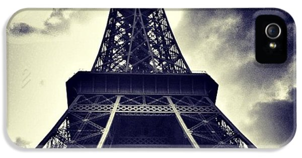 Sky iPhone 5 Case - #paris by Ritchie Garrod