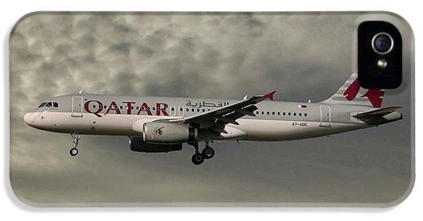 Jet iPhone 5 Case - Qatar Airways Airbus A320-232 by Smart Aviation