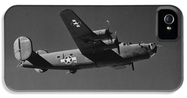 Wwii Us Aircraft In Flight IPhone 5 Case