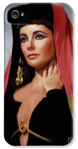 Elizabeth Taylor iPhone 5 Case - Elizabeth Taylor, Vintage Actress by Mary Bassett