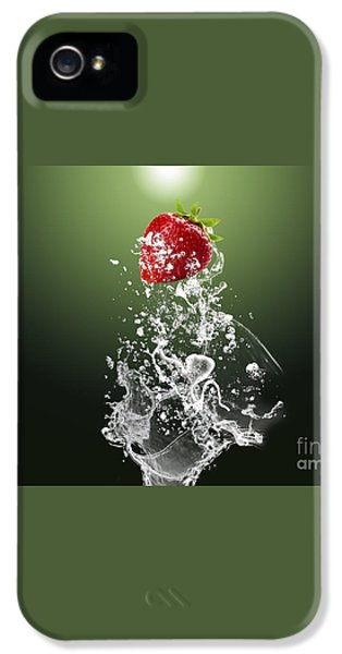 Strawberry Splash IPhone 5 / 5s Case by Marvin Blaine