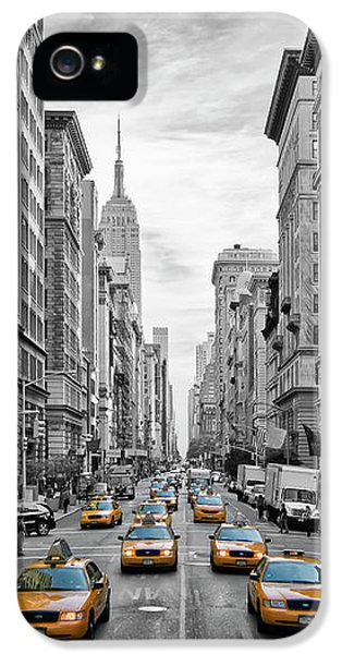 5th Avenue Nyc Traffic IPhone 5 Case by Melanie Viola