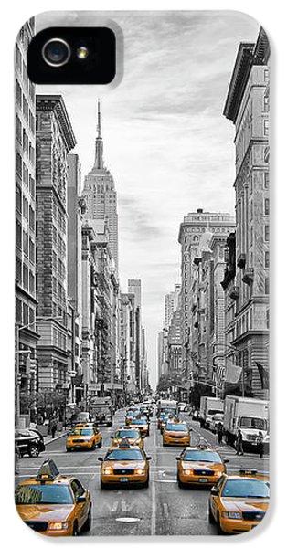 5th Avenue Nyc Traffic IPhone 5 Case by Melanie Viola