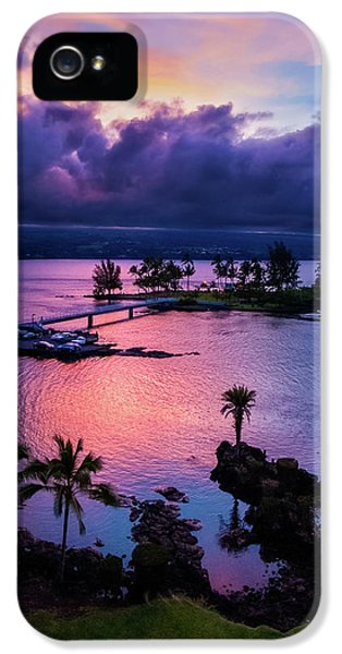 A Hilo View IPhone 5 Case by Christopher Holmes