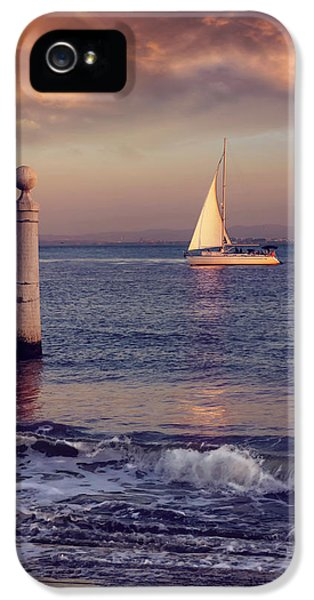 A Lisbon Sunset By The Tagus River IPhone 5 Case by Carol Japp