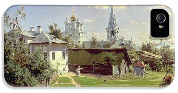 A Small Yard In Moscow IPhone 5 / 5s Case by Vasilij Dmitrievich Polenov