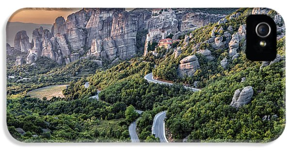 A View Of The Meteora Valley In Greece IPhone 5 Case by Andres Leon