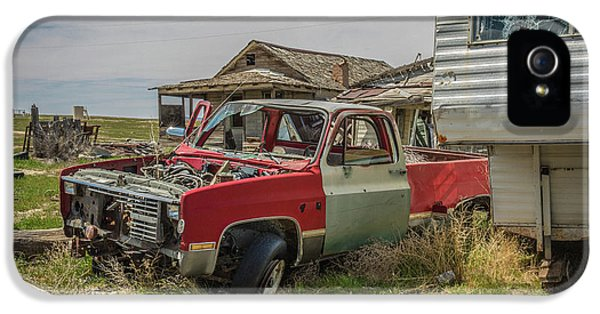Abandoned Car And Trailer In The Ghost Town Of Cisco, Utah IPhone 5 Case by Janice Bennett