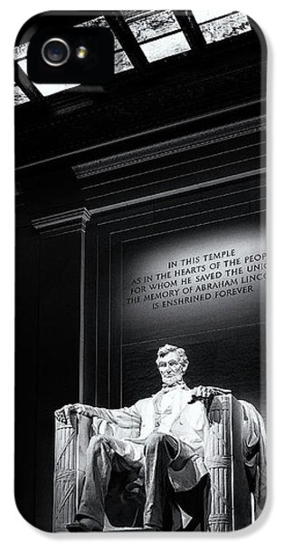 Abraham Lincoln Seated IPhone 5 Case by Andrew Soundarajan