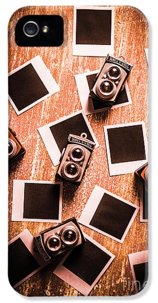 Abstract Retro Camera Background IPhone 5 Case
