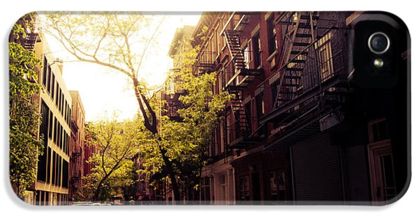 Afternoon Sunlight On A New York City Street IPhone 5 Case by Vivienne Gucwa