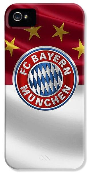F C Bayern Munich - 3 D Badge Over Flag IPhone 5 Case