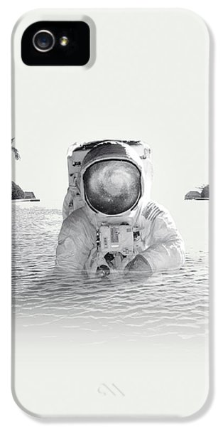 Astronaut IPhone 5 Case by Fran Rodriguez
