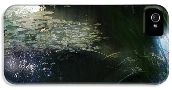 IPhone 5 Case featuring the photograph At Claude Monet's Water Garden 3 by Dubi Roman