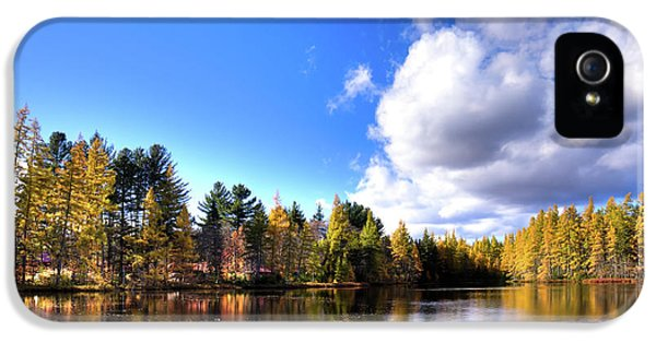 IPhone 5 Case featuring the photograph Autumn Calm At Woodcraft Camp by David Patterson