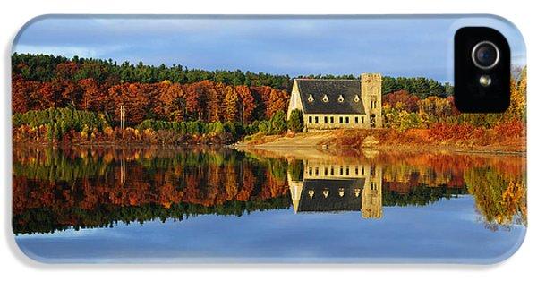 Autumn Sunrise At Wachusett Reservoir IPhone 5 Case