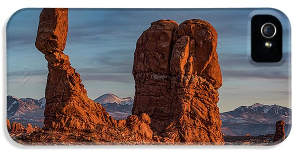 iPhone 5 Case - Balanced Rock Sunset by Dan Norris