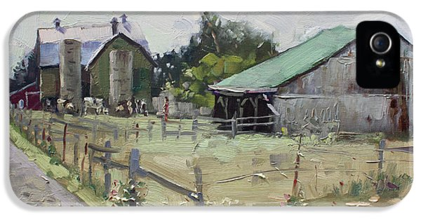 Barns And Old Shack In Norval IPhone 5 Case