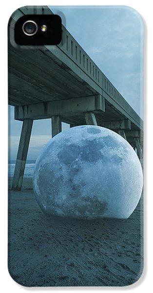 Beach Ball IPhone 5 Case by Betsy Knapp