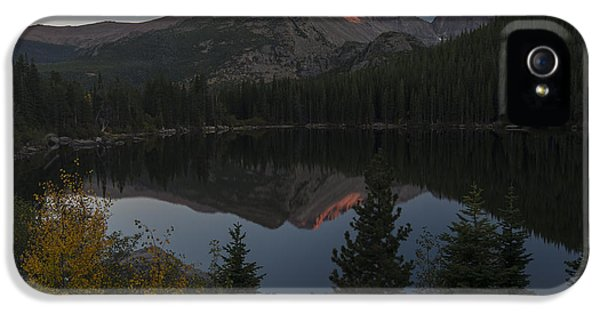 Bear Lake IPhone 5 Case by Gary Lengyel