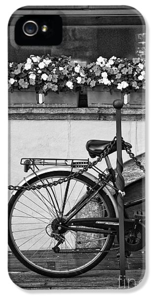 Bicycle With Flowers IPhone 5 Case