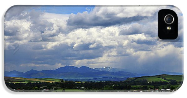 Big Sky Over Oamaru Town IPhone 5 Case