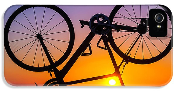 Bicycle iPhone 5 Case - Bike On Seawall by Garry Gay