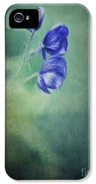 Blooming In The Dark IPhone 5 Case