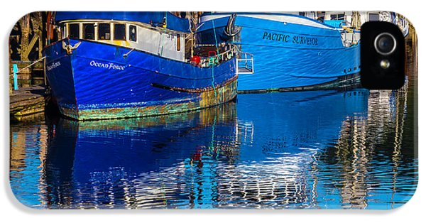 Blue Boats Reflection IPhone 5 Case by Garry Gay