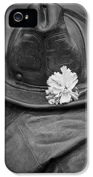 Boston Fireman Memorial Back Bay IPhone 5 Case by Edward Fielding