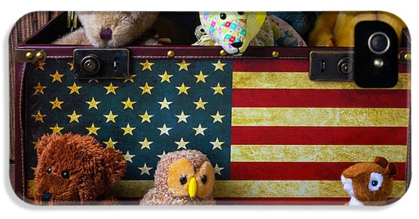 Box Full Of Bears IPhone 5 Case by Garry Gay