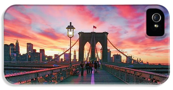 Landscape iPhone 5 Case - Brooklyn Sunset by Rick Berk