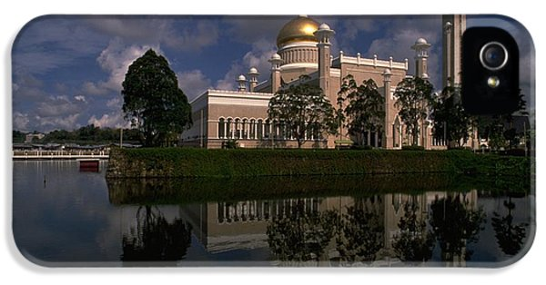 Brunei Mosque IPhone 5 Case