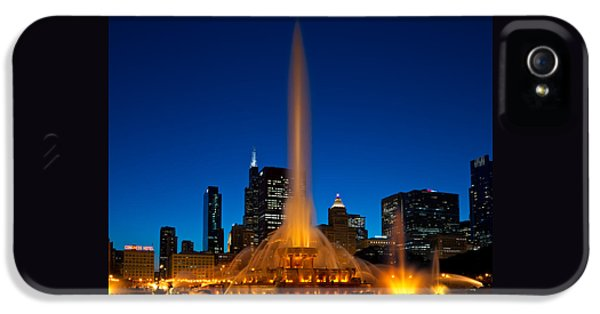 Grant Park iPhone 5 Case - Buckingham Fountain Nightlight Chicago by Steve Gadomski